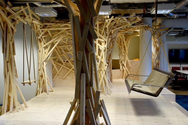 Hängebank DE VOLÉE Pool22.Design Geschäftsräume & Stores Metall Transparent