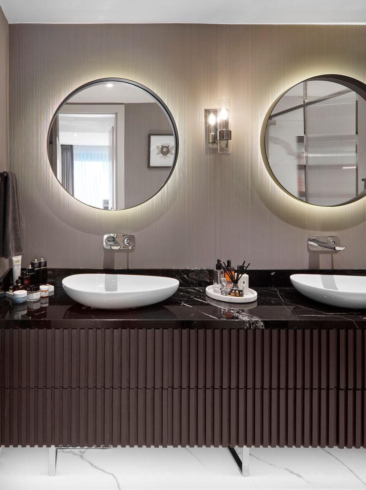 bathroom Esra Kazmirci Mimarlik Modern bathroom Marble Black