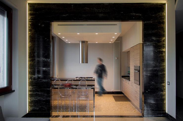 OPA Architetti Cocinas modernas Gris