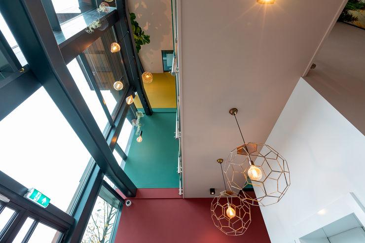 Aangenaam Interieuradvies Office buildings Multicolored