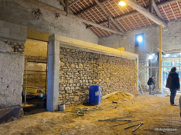 Travaux - Réutilisation du mur existant 3B Architecture Murs & Sols modernes
