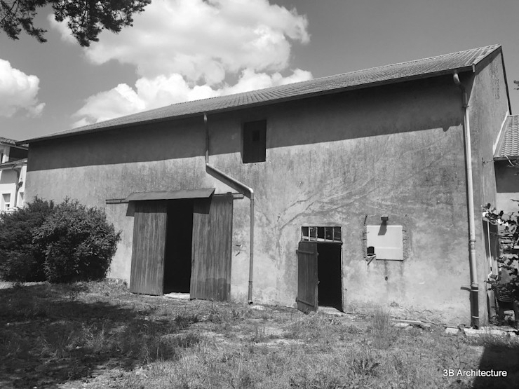 Etat existant - Façade de la grange côté jardin 3B Architecture