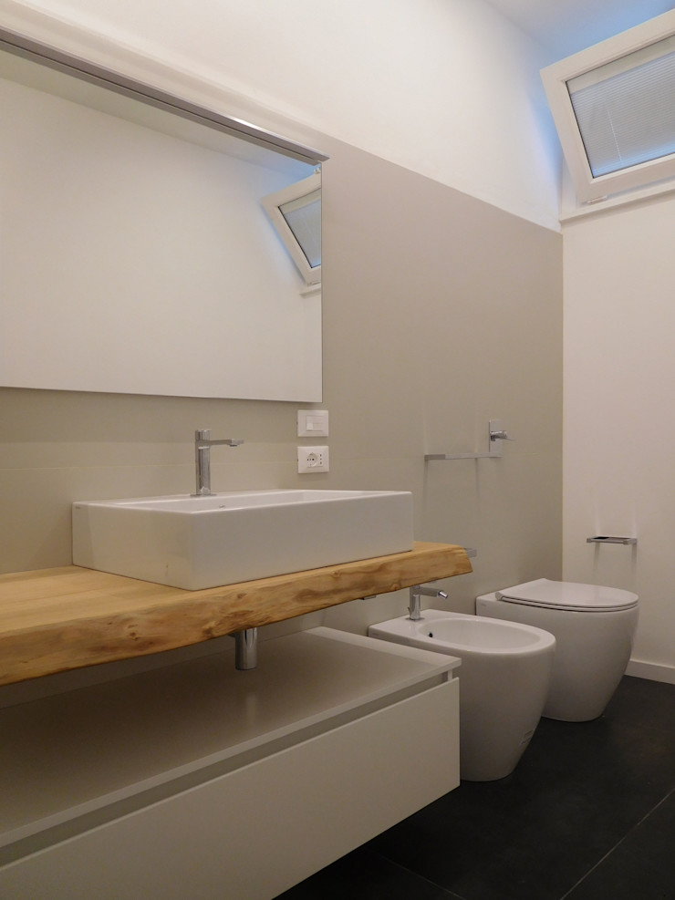 Bagno Studio di Architettura IATTONI Bagno minimalista