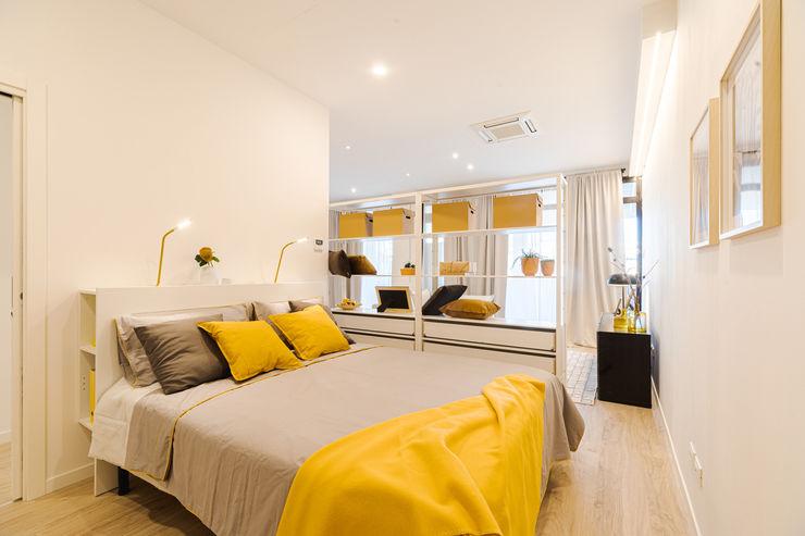 LOFT 2: riconversione di un locale commerciale in due loft al centro di Ancona AccaEsse Camera da letto moderna Legno Giallo