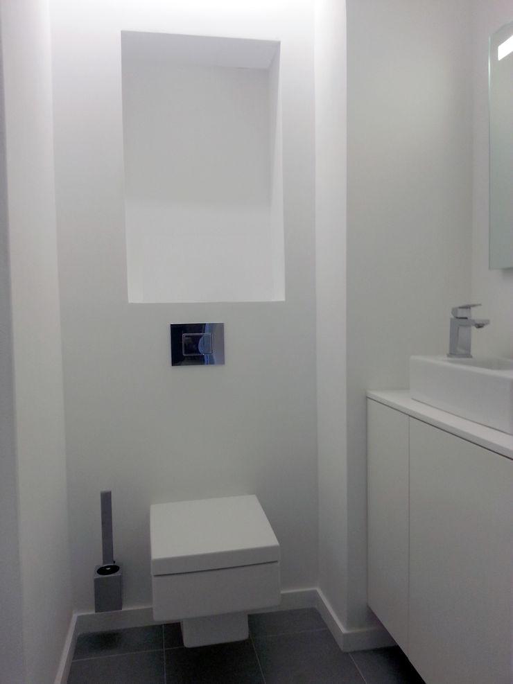 RENOVATION D'UN APPARTEMENT Lionel CERTIER - Architecture d'intérieur Salle de bain moderne