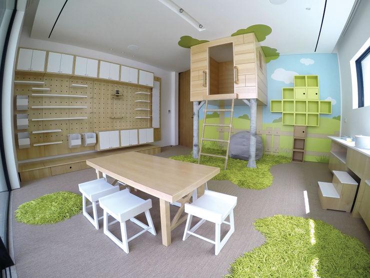 Adaptiv DC غرفة المعيشة خشب White