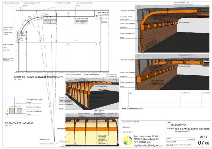 Detalhe do Painel Curvo Amadeirado do Forro - Restaurante Arquitetura Sônia Beltrão & associados
