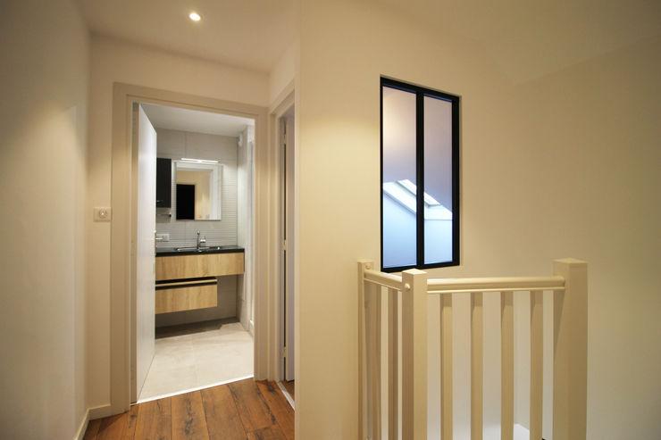 APPARTEMENT A SOUFFELWEYERSHEIM Agence ADI-HOME Salle de bain moderne Briques Blanc