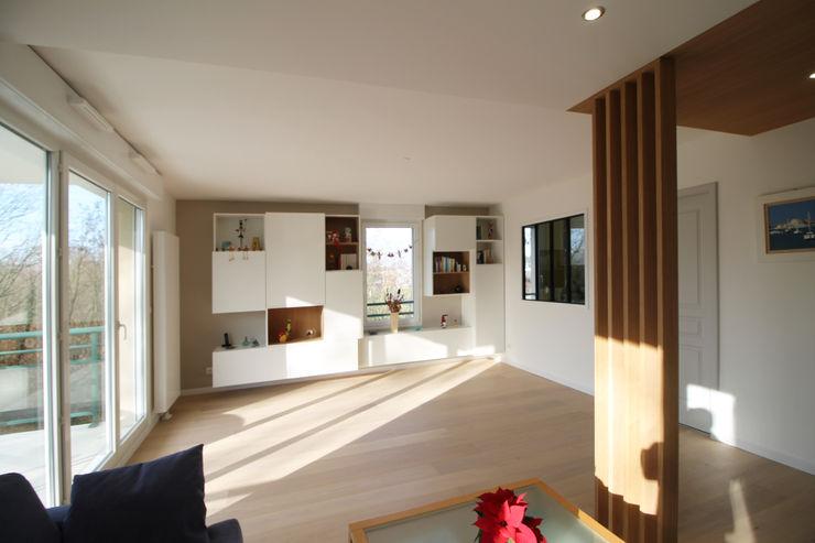 APPARTEMENT A HAGUENAU Agence ADI-HOME Salon moderne Bois Effet bois
