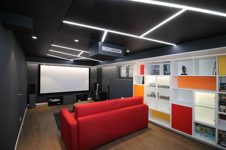 CINEMA A ILLKIRCH GRAFFENSTADEN Agence ADI-HOME Salle multimédia moderne