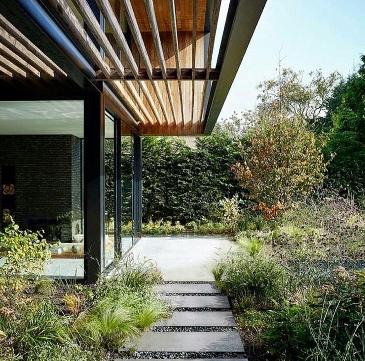 casa in legno passiva Green Living Ltd Giardino anteriore