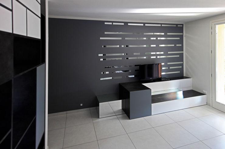 mobile tv Marcello Cesini Architetto Soggiorno minimalista