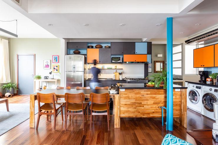 Cozinha Integrada Fábio Frutuoso Arquitetura Cozinhas modernas Madeira Laranja