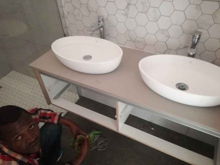 Afrisom Projects Pty Ltd Ванна кімната