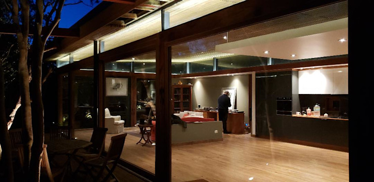 Wandersleben Chiang Soc. de Arquitectos Ltda. غرفة السفرة
