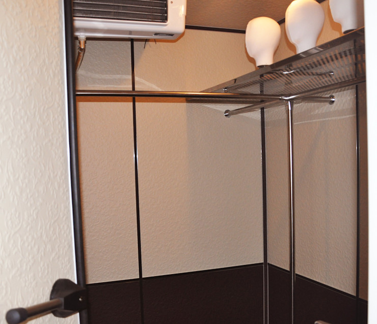 PELZHAUS Classic style dressing room Beige