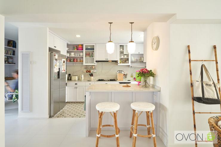 Bedok Reservoir Rd Ovon Design Modern kitchen