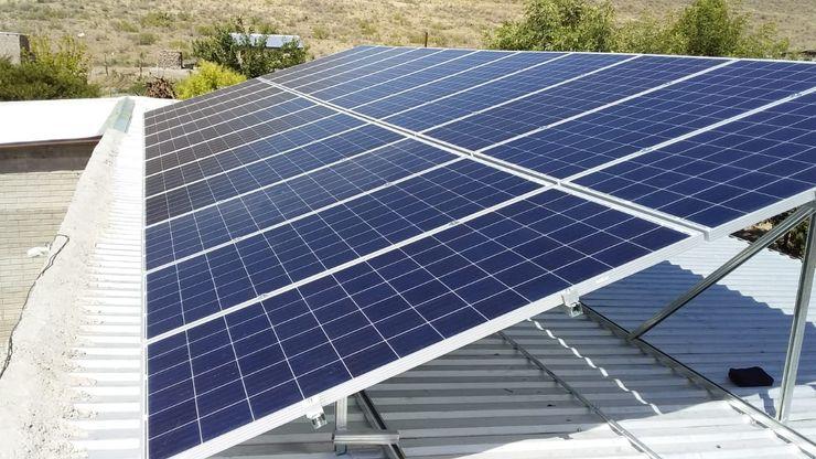 Instalacion de 36 paneles solares de 330 watts Eber Eleazar Arciniega Delgado Balcones y terrazas eclécticos