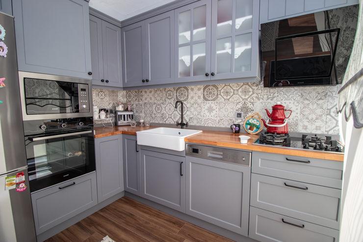 ESTON ŞEHİR PROJEMİZDEN 2. MUTFAK LABOTTİ HOME DESİGN İskandinav Mutfak Masif Ahşap Siyah