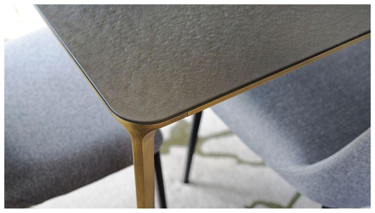 Heerwagen Design Consulting Dining roomTables