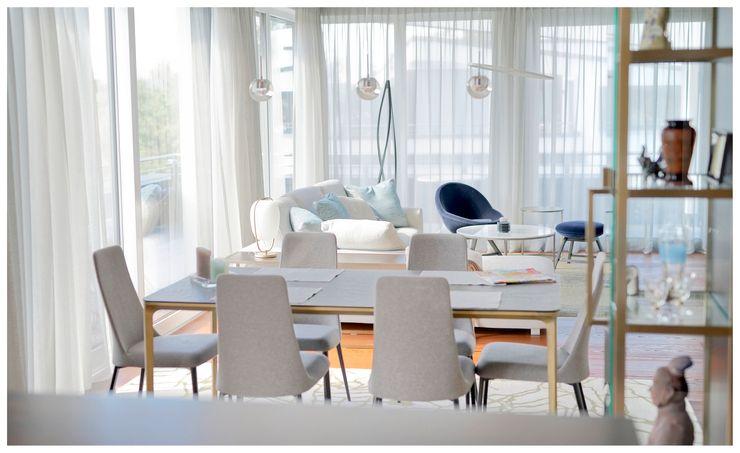 Heerwagen Design Consulting Modern Living Room