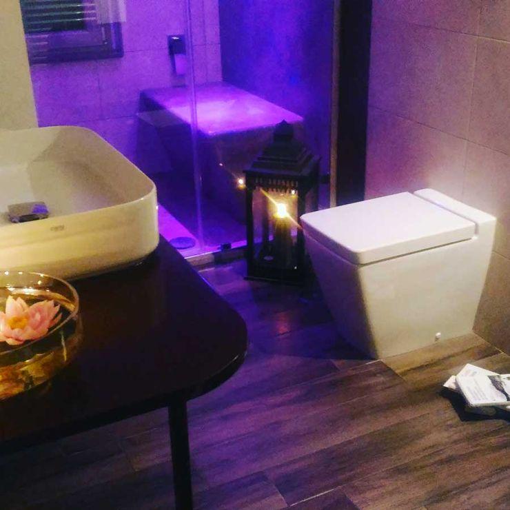 Stanza da Bagno antonio felicetti architettura & interior design Bagno moderno Cemento Marrone