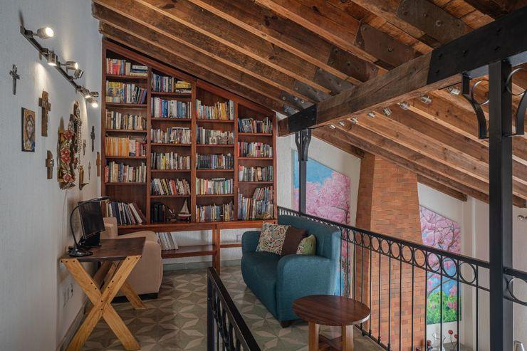 Inmobiliaria Punto 30 Study/office