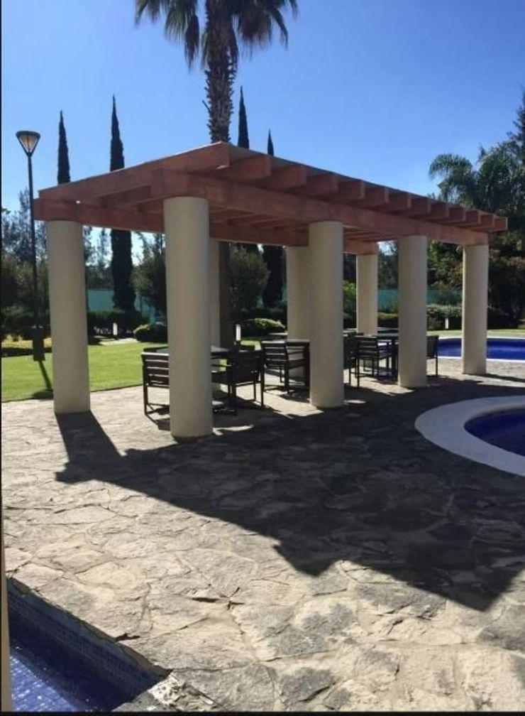 Inmobiliaria Punto 30 Modern Pool