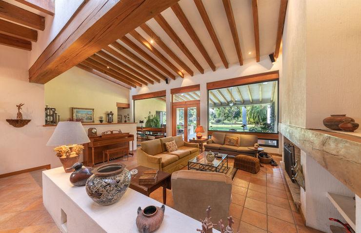 Inmobiliaria Punto 30 Living room