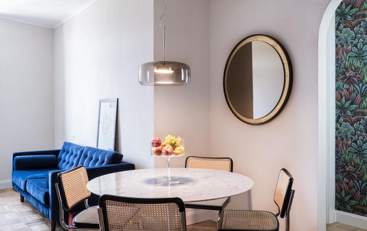 Tavolo da pranzo Tulip Architetturartigiana Sala da pranzo in stile classico Legno Beige