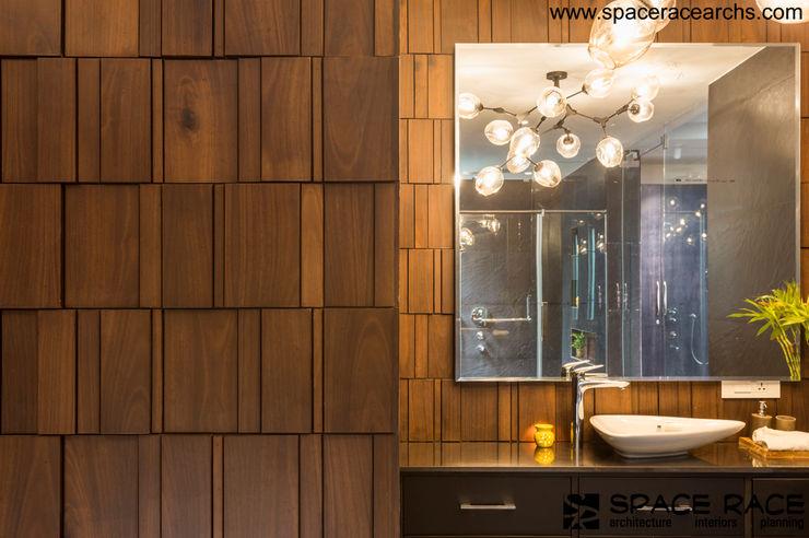 MASTER TOILET SPACE RACE ARCHITECTS Minimalist bathroom