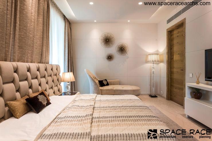 BEDROOM SPACE RACE ARCHITECTS Minimalist bedroom