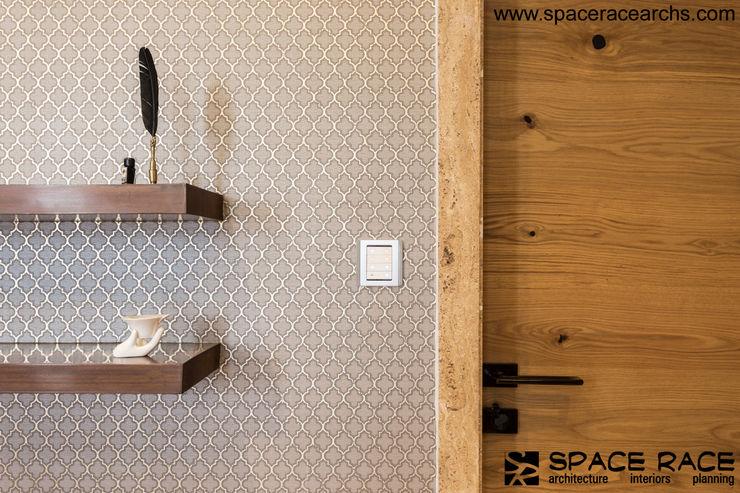 BEDROOM DOOR SPACE RACE ARCHITECTS Minimalist style doors