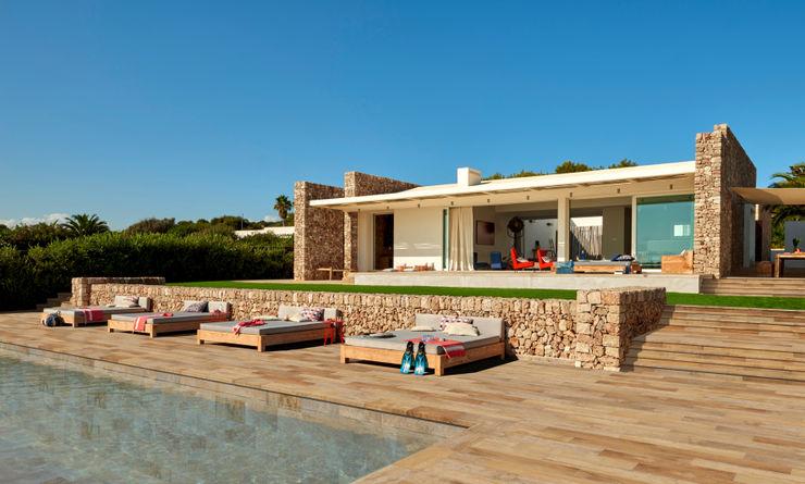 Más de 30 colores preciosos para diseñar tu piscina ROSA GRES