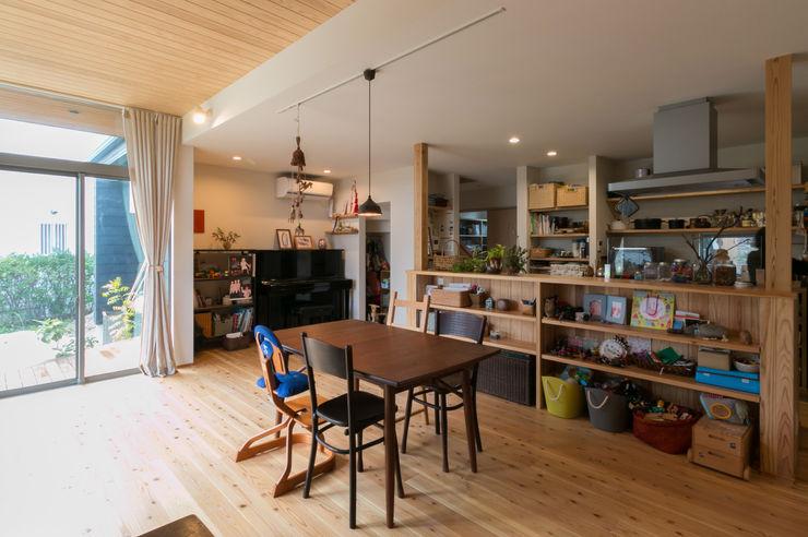 環アソシエイツ・高岸設計室 Colonial style dining room