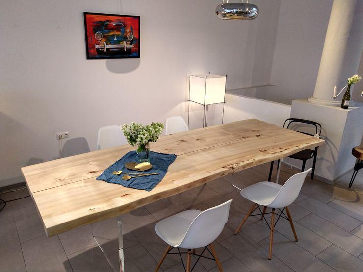 Massivholztisch auf Acryl-Tischbein NovoFerro Designmöbelmanufaktur EsszimmerTische Massivholz