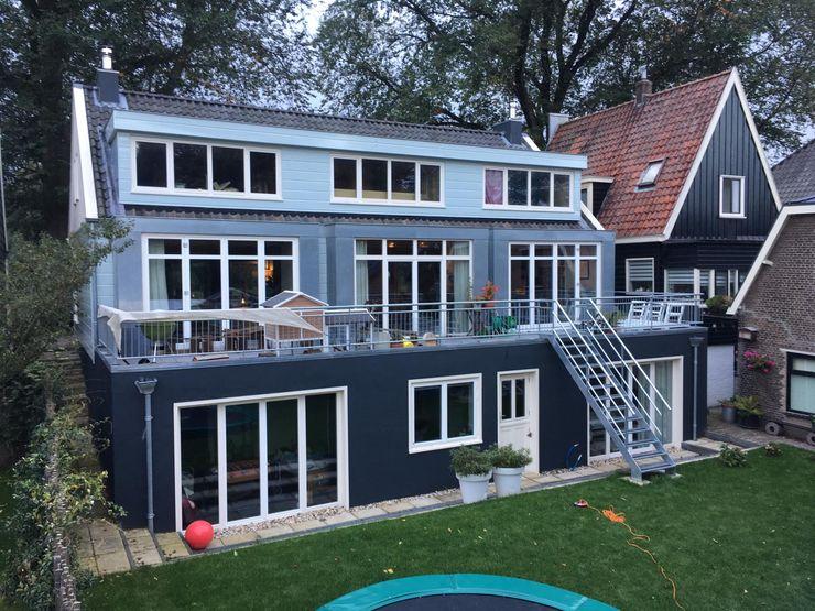 YBB Architecture Amsterdam Ahşap ev Ahşap Mavi