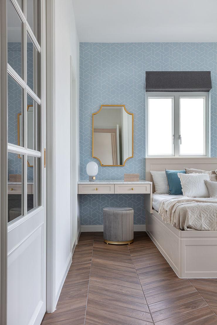 A Vintage Lifestyle—Villa Rocha, Hong Kong Grande Interior Design Mediterranean style bedroom