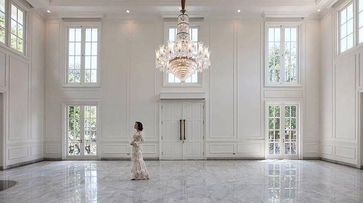 Manor Andara , Pondok Labu Bral Studio Architecture Ruang Keluarga Klasik