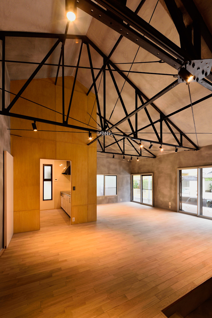 株式会社長野聖二建築設計處 Ruang Keluarga Modern
