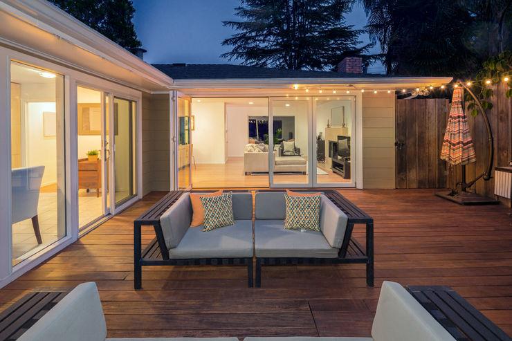 Holz Terrassendielen Remise Modern balcony, veranda & terrace