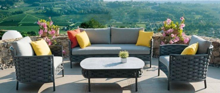 Loja de decoração | Parede CRISTINA AFONSO, Design de Interiores, uNIP. Lda Varandas, marquises e terraços clássicas