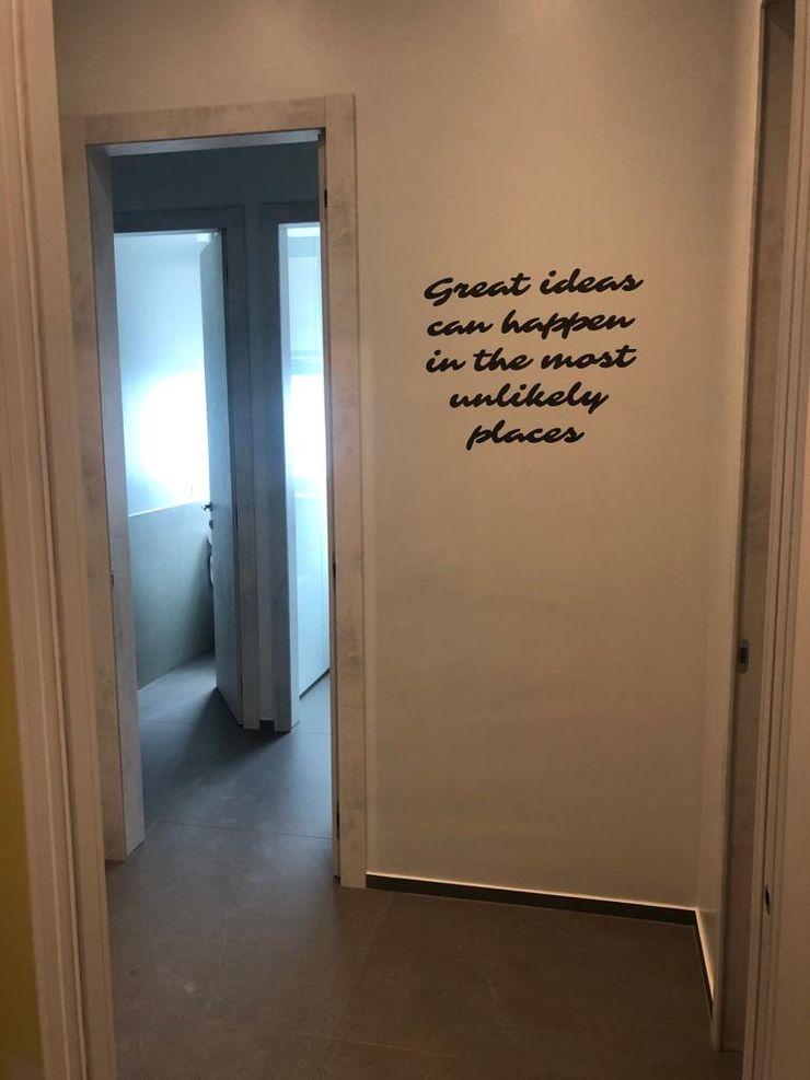 Dettaglio porta bagno C.M.E. srl BagnoDecorazioni