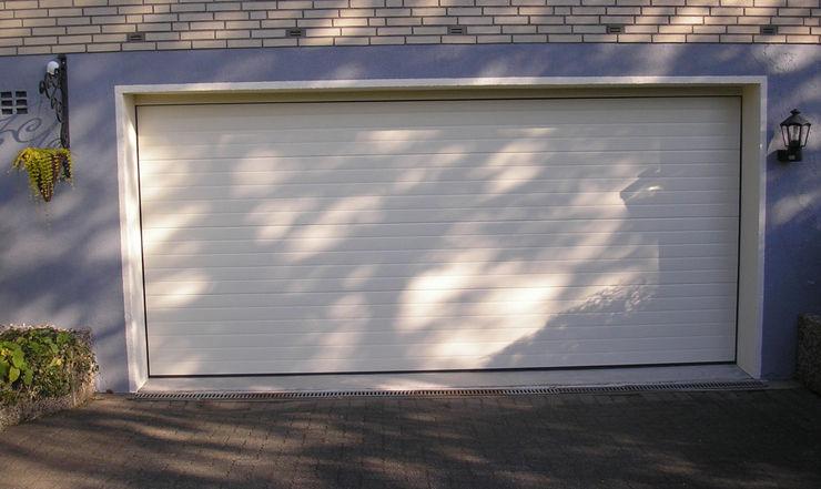 Das fertige Rolltor garagentorverkauf.de Garagentore Aluminium/Zink Weiß