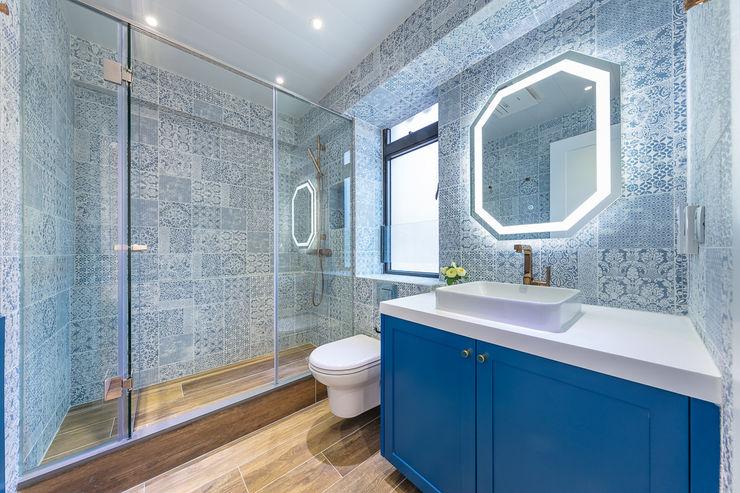 Sense of Romance—Wylie Court, Hong Kong Grande Interior Design Classic style bathroom
