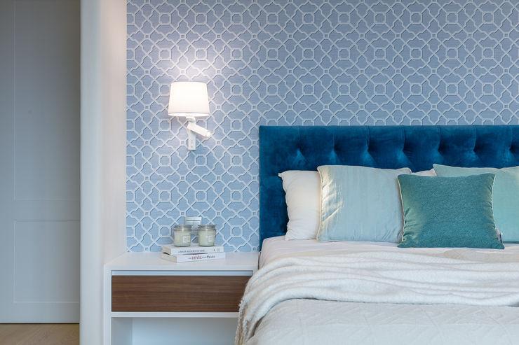 Sense of Romance—Wylie Court, Hong Kong Grande Interior Design Small bedroom