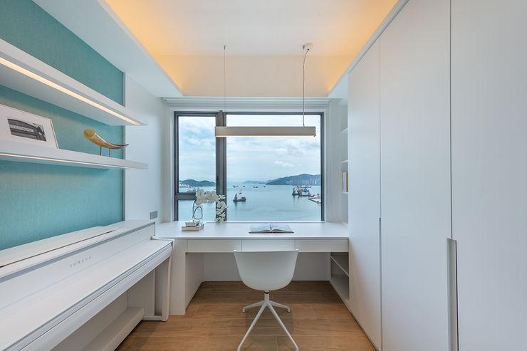 Celeste and the Sea—Alto Residences, Hong Kong Grande Interior Design Small bedroom