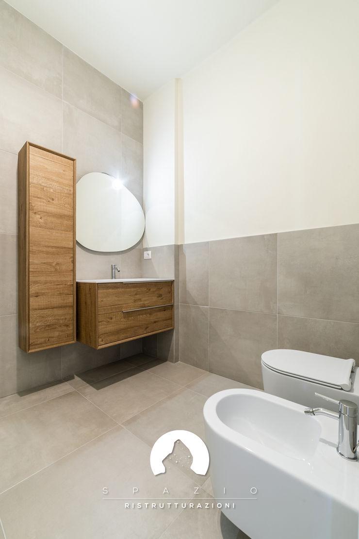 Spazio - Ristrutturazioni Minimalist bathroom
