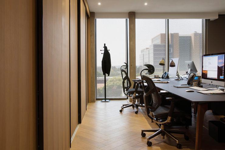 Desks interior design workroom. Office spaces & stores