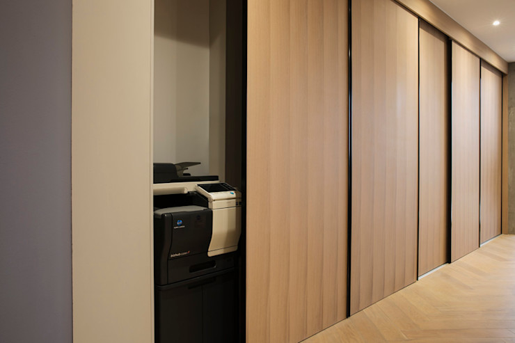 BIC interior design workroom. Office spaces & stores